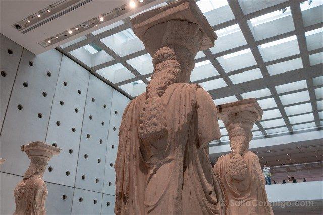 Museo de la Acropolis de Atenas Cariatides Pelo