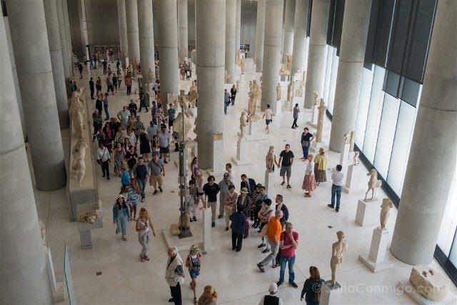 Museo de la Acropolis de Atenas Sala Laderas Primera Planta