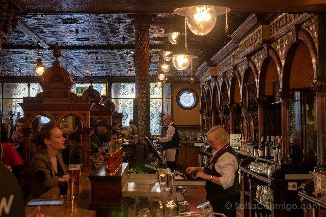 Que Ver En Belfast The Crown Liquor Saloon