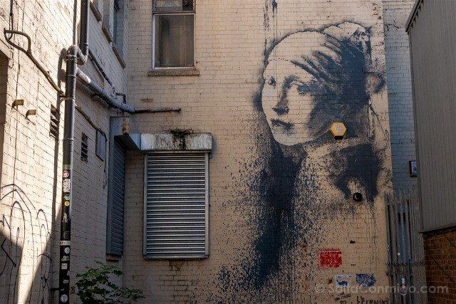 Que ver en Bristol Banksy The girl with the pierced eardrum