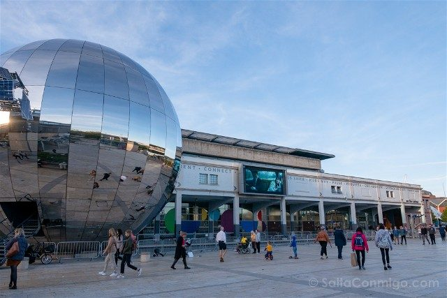 Que ver en Bristol We The Curious Big Silver Ball