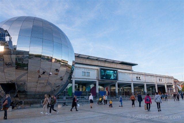 Que ver en Bristol We The Curious Big Silver Ball