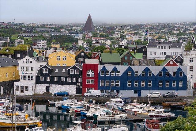 Torshavn Islas Feroe Puerto Vesturkirkjan