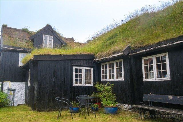 Torshavn Islas Feroe Tinganes Casas Patio