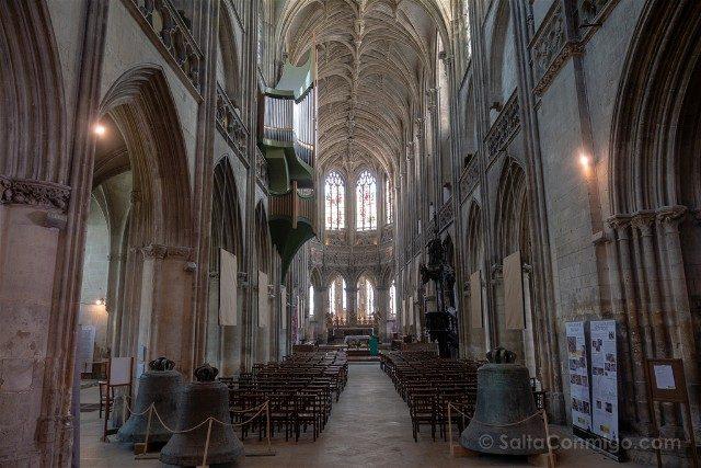 Que ver en Caen Iglesia Saint-Pierre Interior