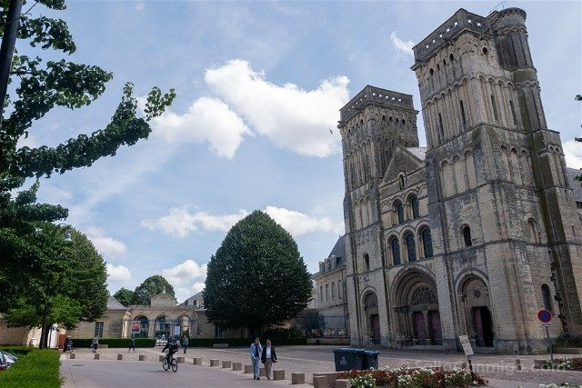 Que ver en Caen Iglesia Trinidad Fachada