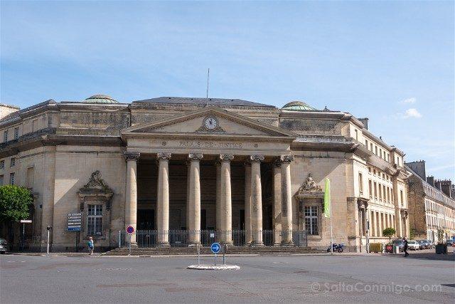 Que ver en Caen Place Fontette Palacio Justicia