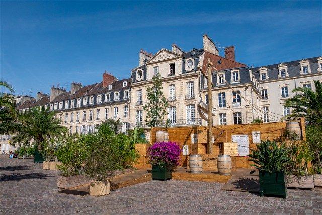 Que ver en Caen Place Saint Sauveur Decoracion