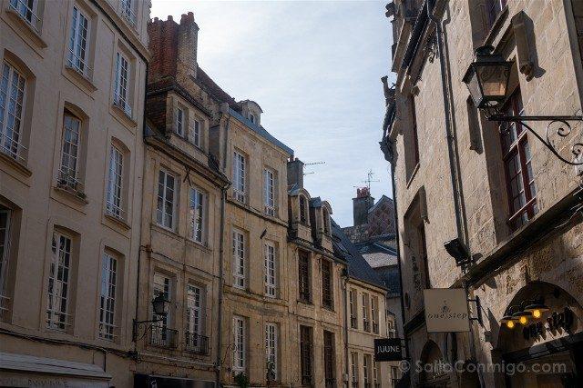 Que ver en Caen Rue Froide Casas Piedra