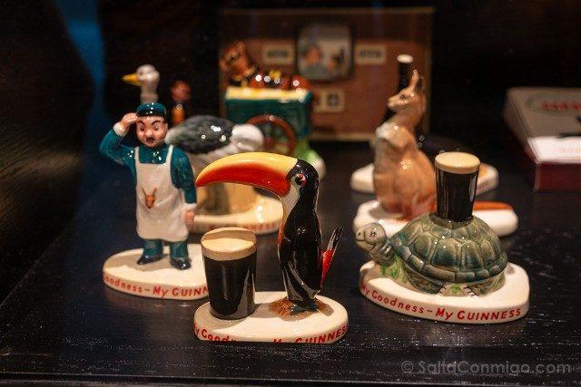 Fabrica de Guinness Dublin Figuras