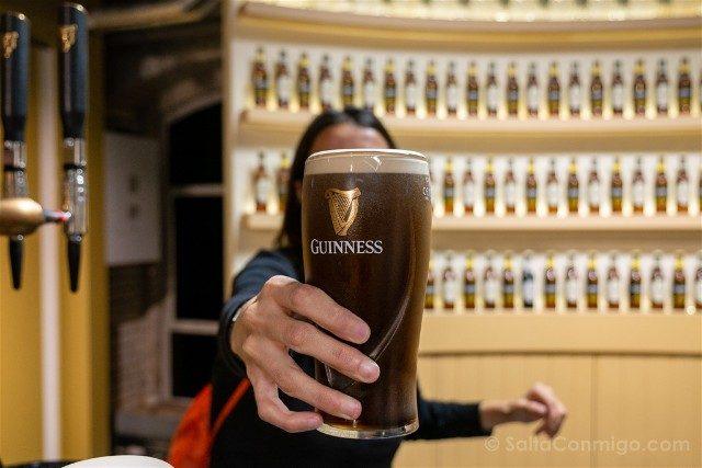 Fabrica de Guinness Dublin Sara Cerveza Perfecta