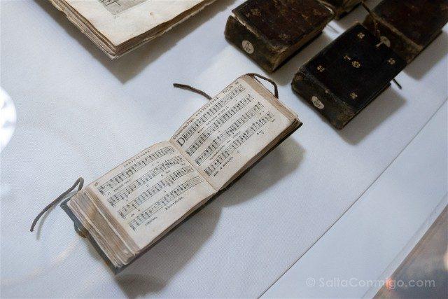 Museo Internacional Biblioteca de la Musica de Bolonia Libros Bolsillo