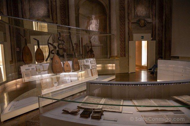 Museo Internacional Biblioteca de la Musica de Bolonia Sala