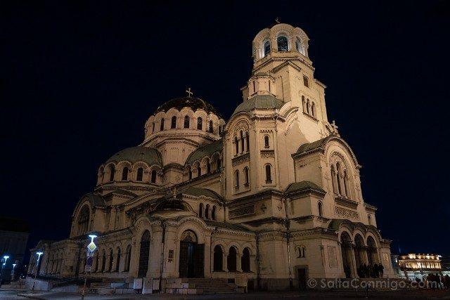 Que ver en Sofia Catedral Alexander Nevski Exterior Hora Azul
