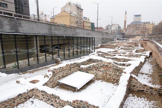 Que ver en Sofia Ruinas Romanas Serdica Nieve