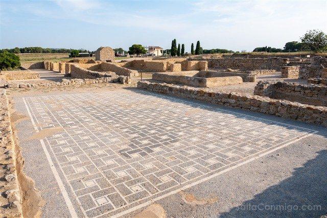 <Ruinas de Empuries Ciudad Romana Mosaico
