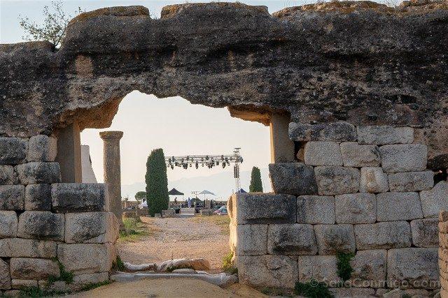 Ruinas de Empuries Ciudad Romana Muralla Falo