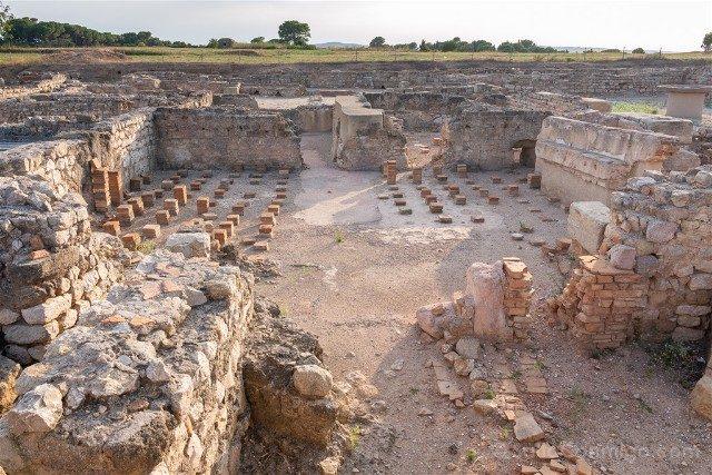 Ruinas de Empuries Ciudad Romana Termas