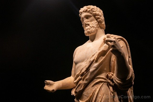 Ruinas de Empuries Museo Estatua Asclepio Torso