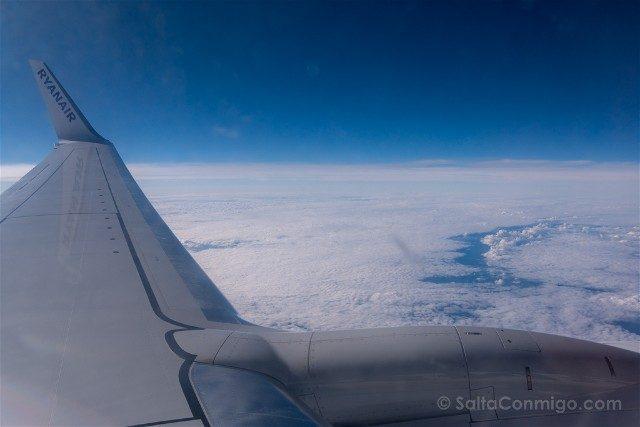 Volar Companias Low Cost Ryanair Ala Azul