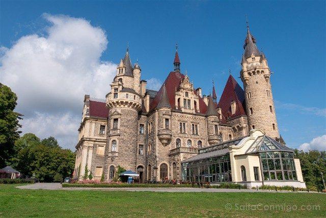 Excursiones desde Wroclaw Opole Castillo de Moszna Exterior