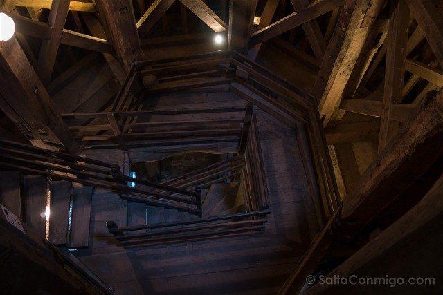 Que ver en Dinan Torre Reloj Interior