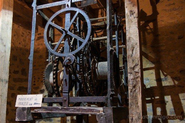 Que ver en Dinan Torre Reloj Mecanismo Hazmer