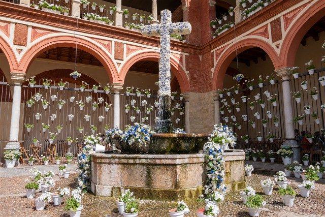 Cruces de Mayo en Cordoba Hermandad Huerto