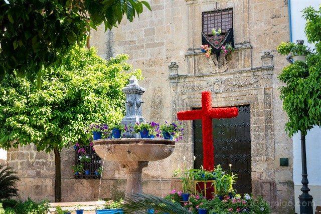 Cruces de Mayo en Cordoba Cruces de Mayo en Cordoba Hermandad Penas Santiago