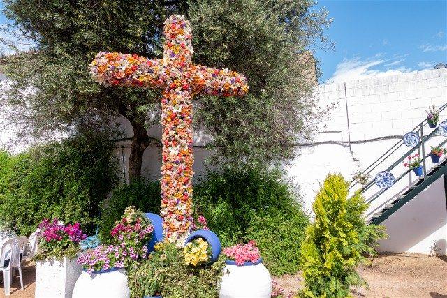 Cruces de Mayo en Cordoba Cruces de Mayo en Cordoba Hermandad Salesiana Prendimiento