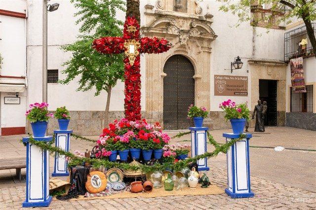 Cruces de Mayo en Cordoba Hermandad Jesus Calvario