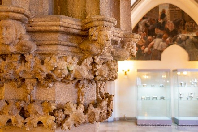 Museos de Wroclaw Arte Burgues Ayuntamiento Capitel