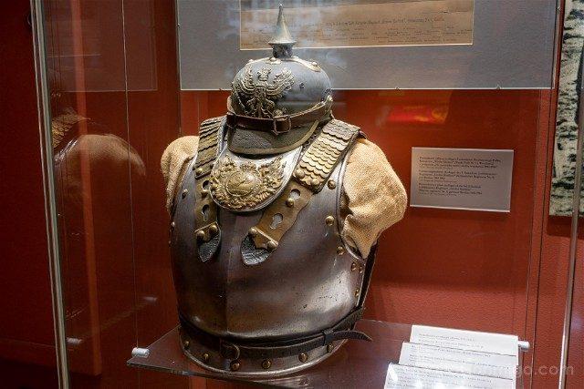 Museos de Wroclaw Palacio Real Museo Municipal Armadura