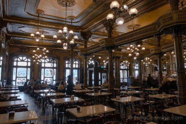 Que ver en Pamplona Cafe Iruna Sala