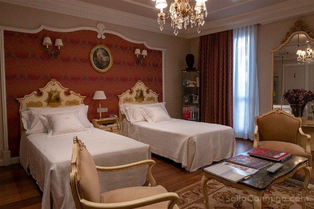 Que ver en Pamplona Gran Hotel La Perla Habitacion Hemingway