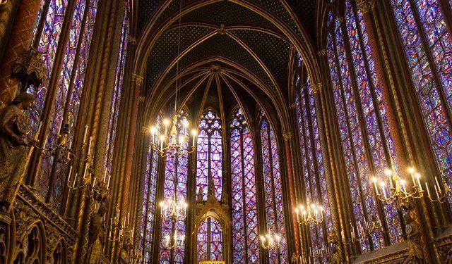 Sainte Chapelle de Paris Capilla Superior Vitrales Abside