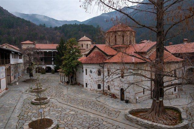 Viajar a Bulgaria Monasterio Bachkovo