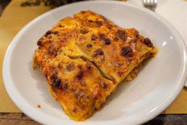 Comer en Bolonia Osteria Orsa Lasagne