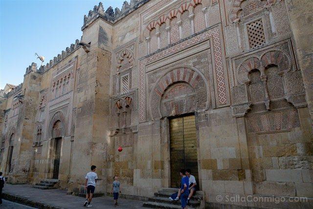 Mezquita Catedral De Cordoba Muros