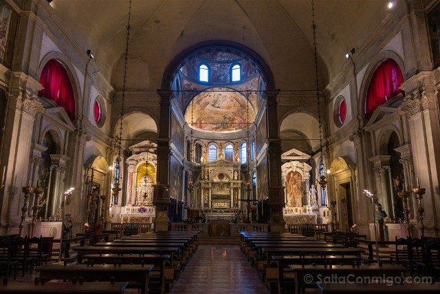 Iglesias de Venecia San Rocco Nave Interior