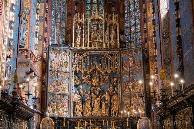 Que Hacer en el Centro de Cracovia Basilica Santa Maria Retablo Detalle