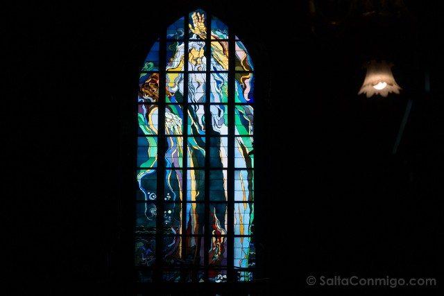 Que Hacer en el Centro de Cracovia Iglesia Franciscanos Vidrieras