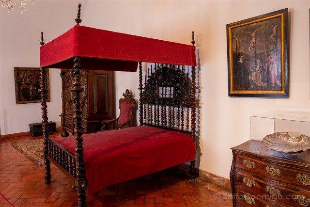 Que ver en Sintra Portugal Palacio Real Habitacion
