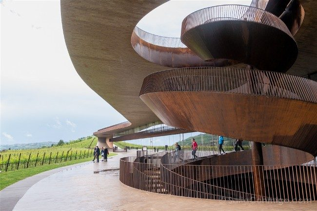 Que ver en la Toscana Antinori Chianti Classico Renzo Piano Escalera