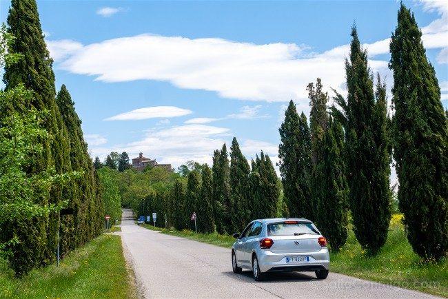 Ruta <por la Toscana Coche Abadia San Galgano