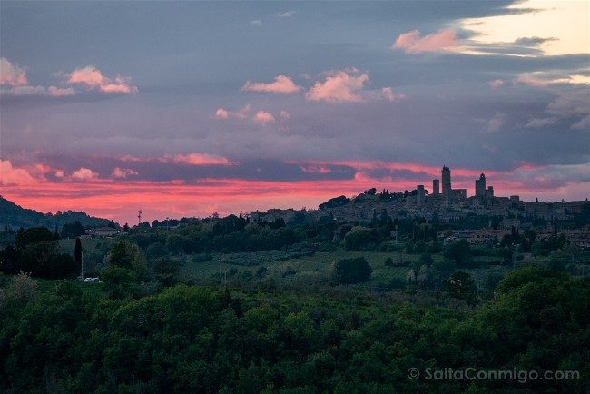 Ruta por la Toscana San Gimignano Atardecer