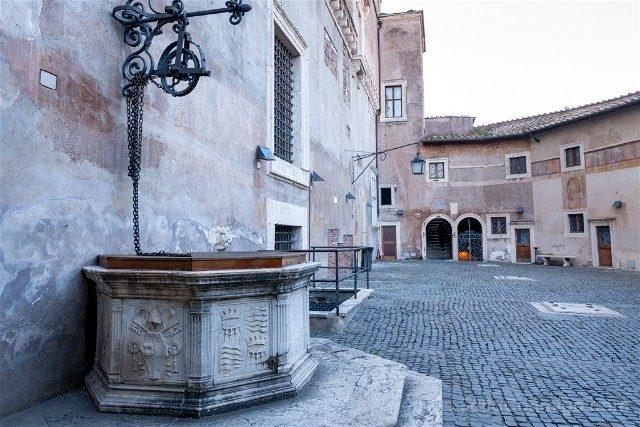 Castillo Sant'Angelo Roma Patio Ballesta