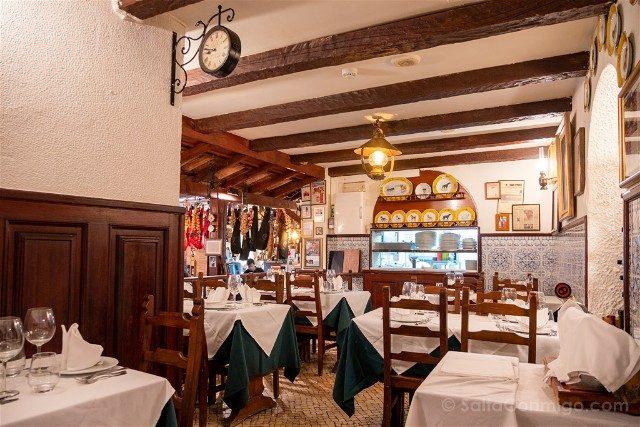 Comer en Lisboa Solar dos Nunes Local
