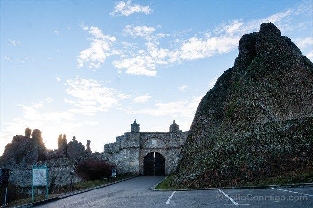 Fortaleza de Belogradchik Bulgaria Entrada