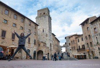 Que Ver en San Gimignano Piazza Cisterna Salto